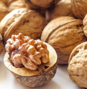 10 Superb Foods For Healthy Hair And Scalp